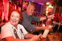 11.10.2014 |  Hard Rock Cafe Wien |  Lets rock Vienna!<br>im Bild:<br> Rita Gilligan -Hard Rocks berühmteste Mitarbeiterin, Hamish Dodds -CEO Hard Rock International