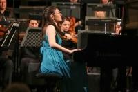 27.11.2015 |  Schlosstheater Schönbrunn |  Finale mit dem Wiener Kammerorchester <br>im Bild:<br> Adela Liculescu -Gewinnerin, im Bewerb