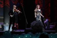 22.11.2018 |  Theater an der Wien |  Charity Gala f&uuml;r UNICEF &Ouml;sterreich | PR FelberKultur<br>im Bild:<br> Yury Revich, Sumi Jo -a d B&uuml;hne