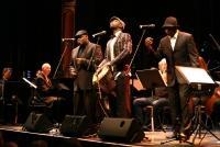 17.04.2014 |  Stadtsaal |  CD-Präsentation - Universal Music<br>Im Bild:<br> MoZuluArt - Vusa Mkhaya, Ramadu, Blessings Nqo, Roland Guggenbichler  –live, auf der Bühne