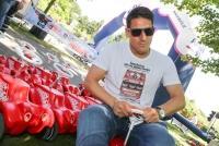 08.06.2014 |  Kurpark Oberlaa |  veranstaltet von Radio Arabella<br>Im Bild:<br> Bobby Car – Spezialist Helge Payer -Österr. Fußball-Nationalspieler