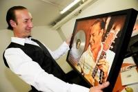 03.10.2014 |  Planet Music Gasometer |  Gala-Konzert zum Jubiläum<br>Im Bild:<br> Michael Seida -erhält Auszeichnung zum Jubliäum v d Plattenlabel
