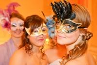 17.02.2015 |  Wiener Hofburg |  Die Masken fielen um Mitternacht | PR Robin Consult<br>im Bild:<br> Schönheiten d. Abends