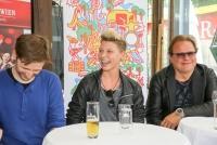 01.06.2016 |  Summerstage |  Österreichische Musik im Aufwind<br>im Bild:<br> Hannes Tschürtz -Geschäftsführer ink music, Virginia Ernst -Künstlerin, Ewald Pfleger -Künstler