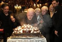 21.01.2019 |  Marchfelderhof/Deutsch-Wagram |  60. Geburtstag mit prominenten Freunden<br>im Bild:<br> Gary Lux, -mit Familie, -mit Torte,