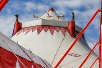 20.09.2021 |  Donaumarina Wien |  F&uuml;r die neue Show des Circus Louis Knie in Wien<br>im Bild:<br> Hochseilartisten Los Ortiz,